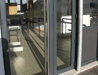 Actuel Menuiserie, porte lourde pour hall d'entrée d'immeuble à Lyon