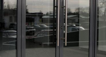 Porte pour hall d'entrée et sas d'immeuble à Lyon